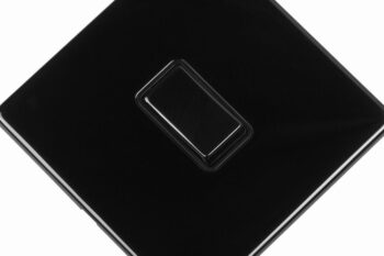 area-one-gang-wall-switch-polished-black-nickel-close-up